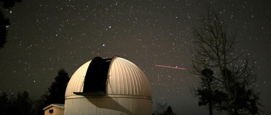 Catalina Sky Survey 60-inch telescope. Image credit: Catalina Sky Survey, University of Arizona