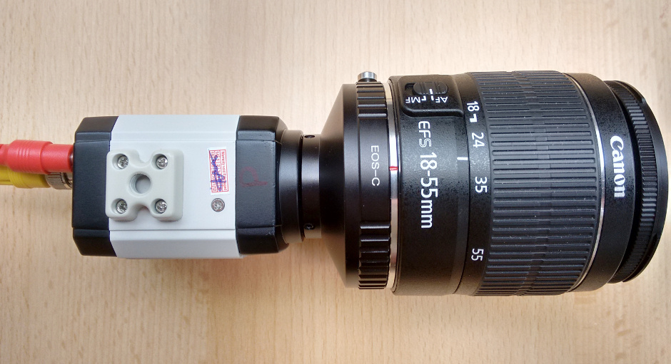 The front of the DSO-1 camera features a standard C-mount thread, so the 1.25-inch focuser adapter can be swapped for, say, a C-mount to Canon EOS adapter if you wish to use DSLR EF-S camera lenses. AN image by Ade Ashford.